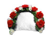 Ритуальный венок из живых цветов на подушку